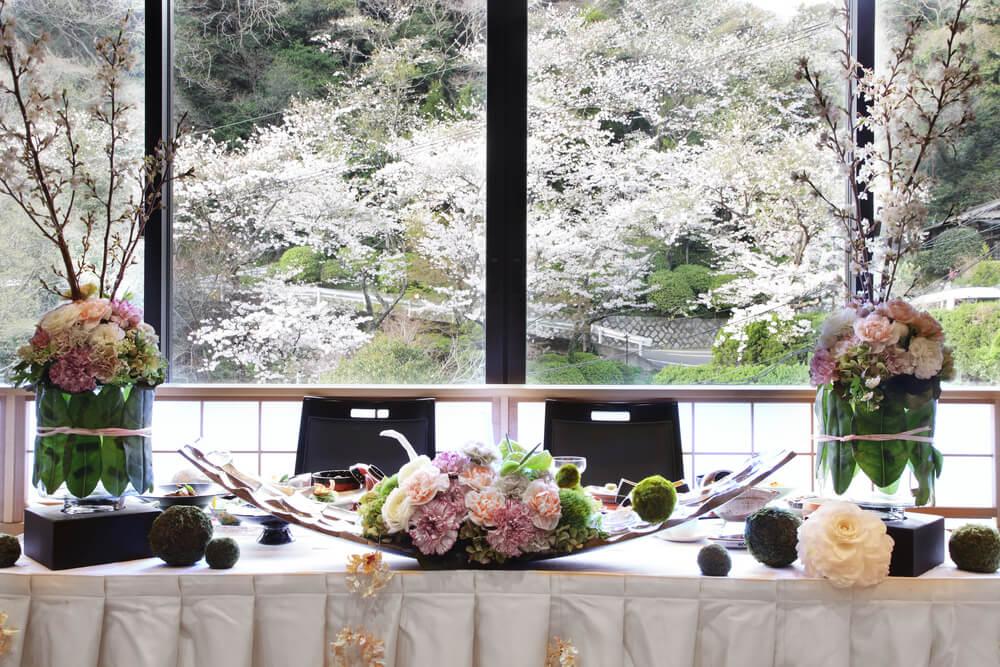 日本の花嫁のイメージとしてまず思いつくのが、白無垢姿ですね。