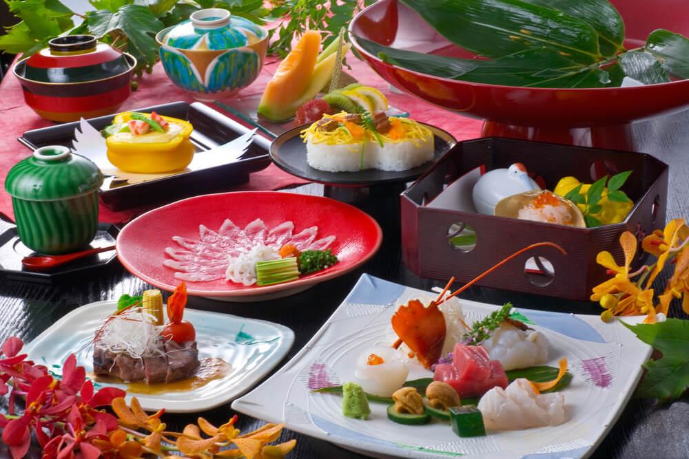 なんといっても和食の魅力はその美しい色合いです。