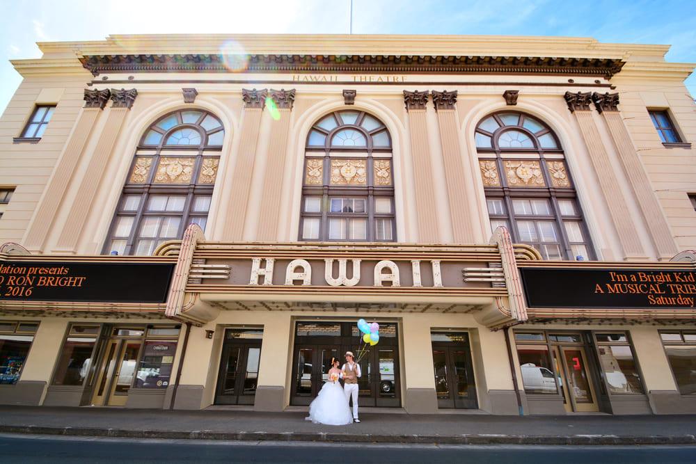 海外フォトウエディングとしてまず思い浮かべるのは、毎年人気ナンバーワンの「HAWAII」